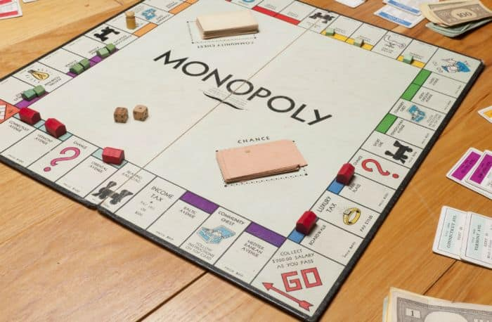Ribeiro Board Game: Monopoly